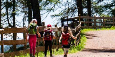 Cosa portare in vacanza in montagna con bambini